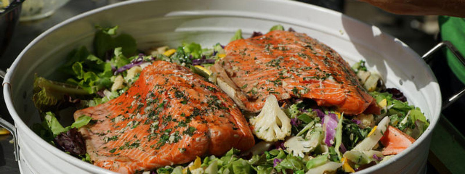 Garlic Rubbed Salmon Fish healthy fat